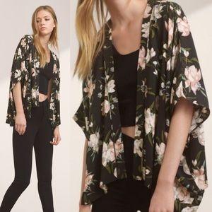 Talula Cosima Floral Kimono Black Wrap SzXXS/XS